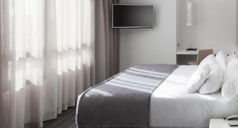 HOTEL NH MINDORO